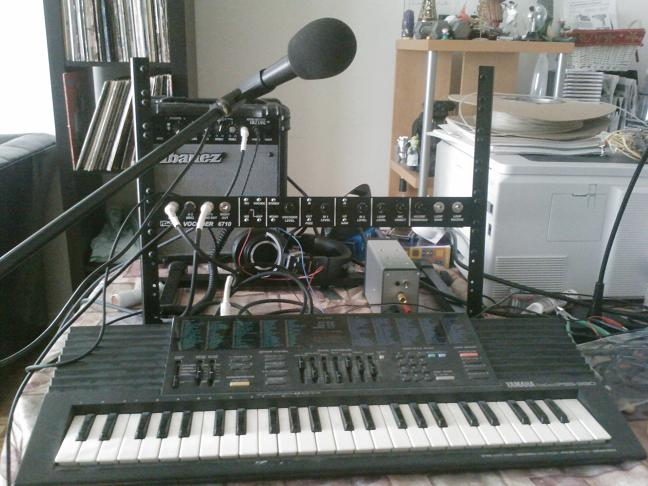 Picture of my little test setup for the vocoder